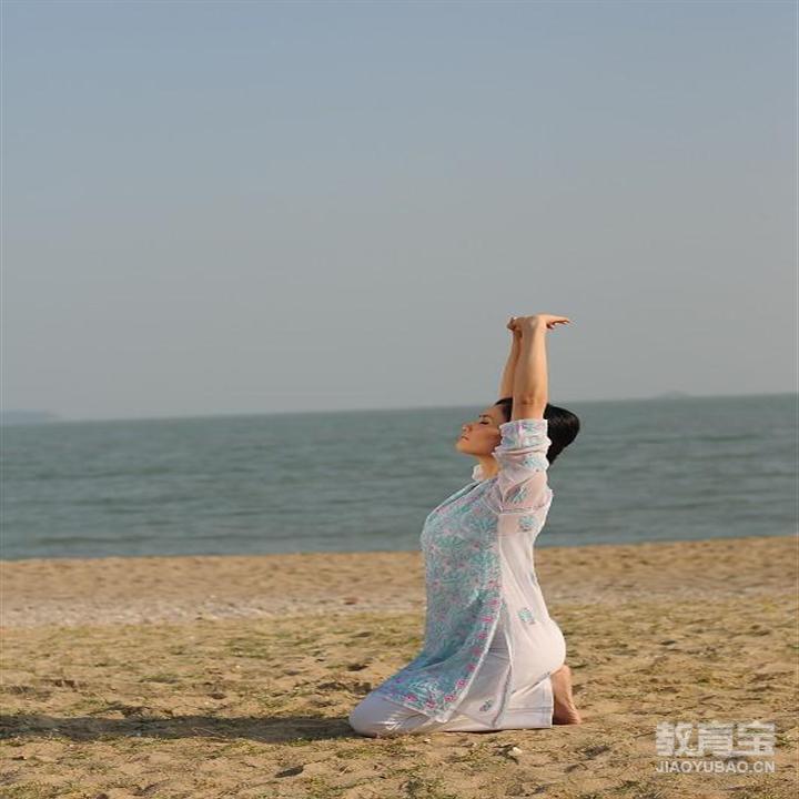 融合瑜伽普拉提和舞蹈的训练让你变瘦又变美
